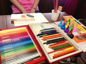 横浜駅 水彩色鉛筆 絵画教室