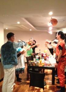 ハロウィンパーティー 乾杯